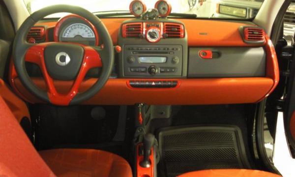 smartluca 39 s garage smart car. Black Bedroom Furniture Sets. Home Design Ideas